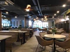 Pista Food Hall interior
