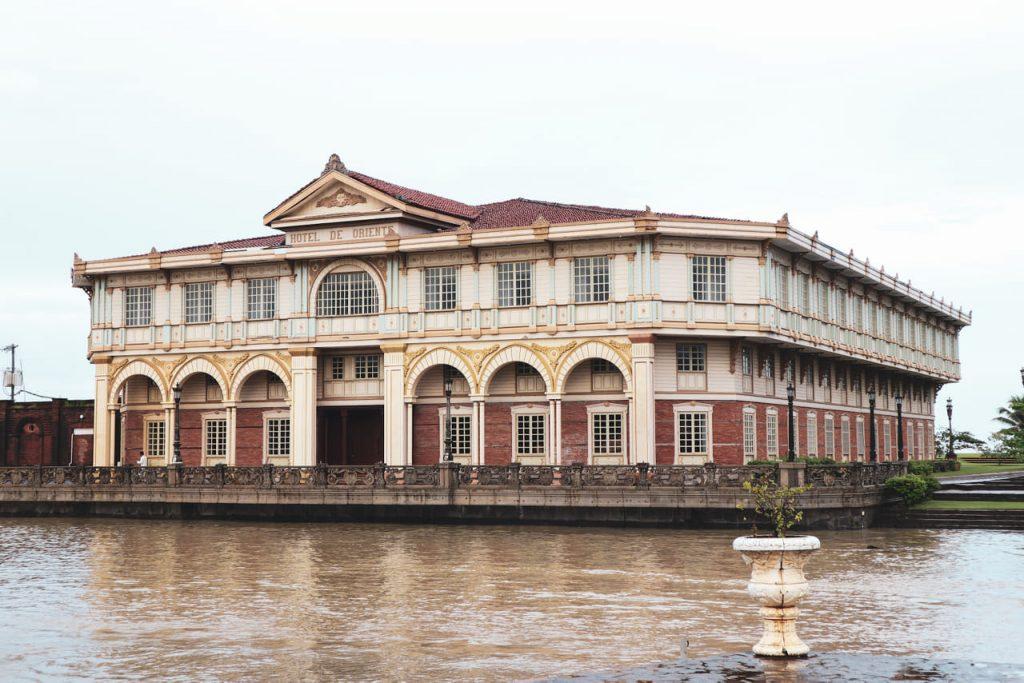 Hotel de Oriente replica - Las Casas Filipinas de Acuzar
