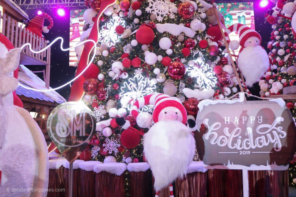 Cozy Christmas Down South