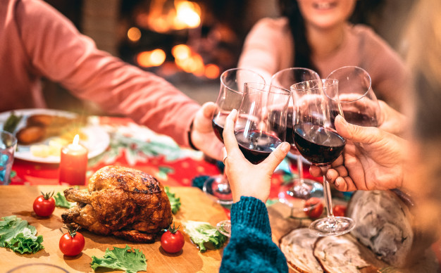 Here's How You Can Stay Healthy During The Holiday Season