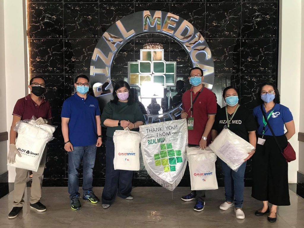 Rizal Medical Center receives hazmat suits from PSF.